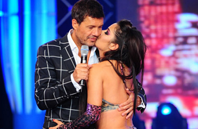 Tinelli y Larissa en Showmatch / Internet