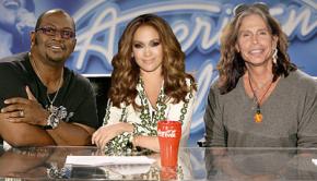 Jurado de American Idol / Internet
